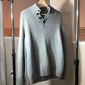 Barely worn nautica sweater